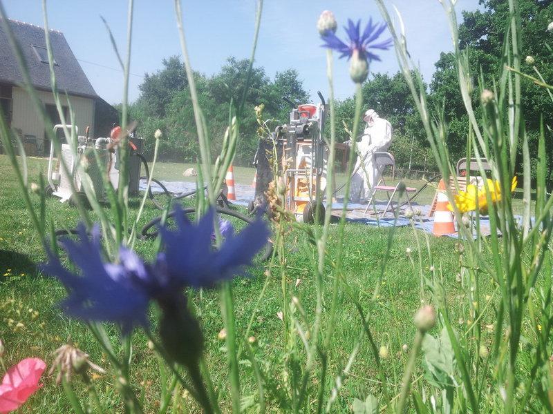 Decapage toutes surfaces aerogommage mobiliers de jardin - Mr bricolage blois ...