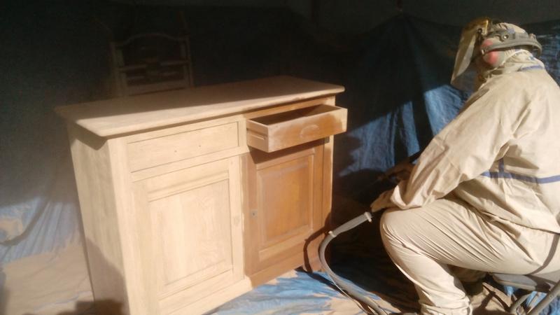 D barrassez vous de la corv e du sablage ou du d capage for Decapage meuble